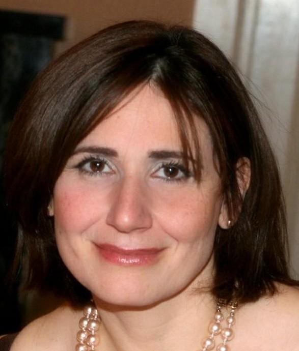 Nelly Zaroukian